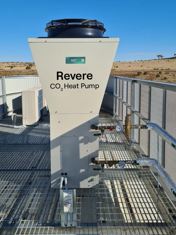 5. Revere CO2 Heat Pump at Eynesbury Recreation Reserve